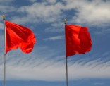 red flags pixabay